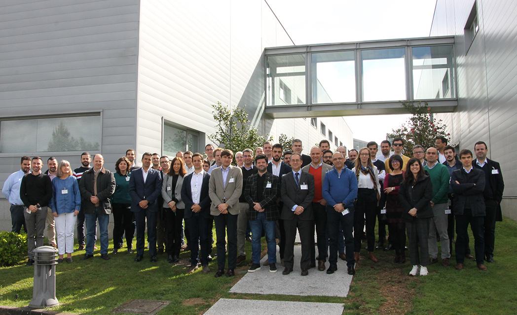 Fotografía de los participantes en 5GMOBIX